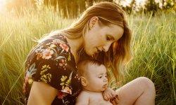 В каком случае заберают ребенка у матери