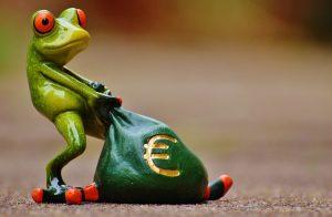 лягушка с деньгами