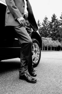мужчина у авто