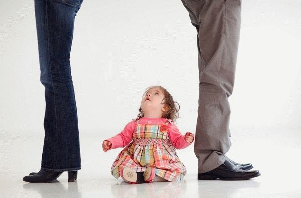 Как осуществить развод при наличии несовершеннолетних детей